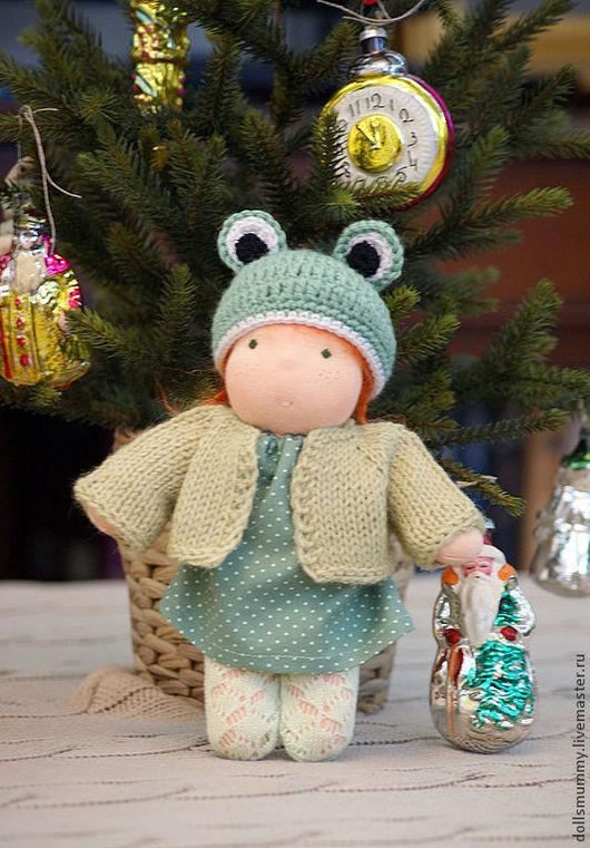Вальдорфская игрушка ручной работы. Ярмарка Мастеров - ручная работа. Купить Кукла в костюме лягушки. Handmade. Зеленый, подарок женщине