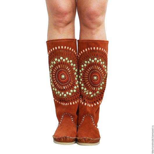 Обувь ручной работы. Ярмарка Мастеров - ручная работа. Купить Итальянские замшевые сапоги STELLA /рыжие /аппликация из камней/. Handmade.