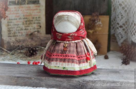 """Народные куклы ручной работы. Ярмарка Мастеров - ручная работа. Купить кукла-оберег Девочка с конфеткой """"Шоколадная ягода"""".. Handmade."""