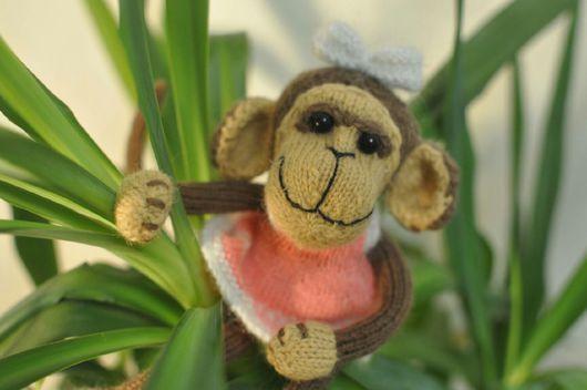 Коллекционные куклы ручной работы. Ярмарка Мастеров - ручная работа. Купить Вязаная обезьянка. Handmade. Интерьерная игрушка, коллекционная игрушка