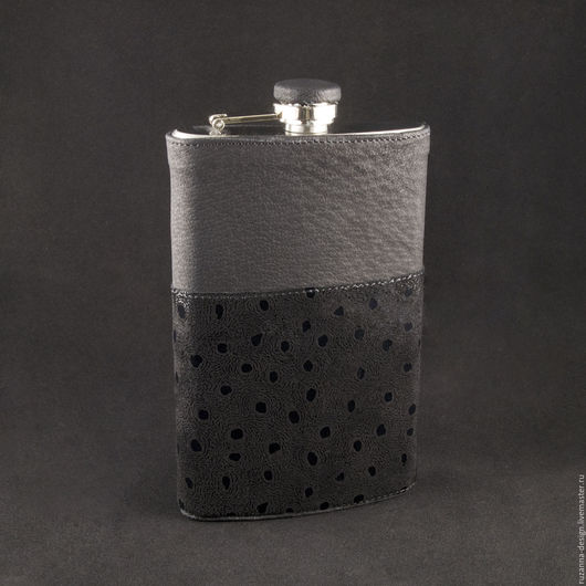 Персональные подарки ручной работы. Ярмарка Мастеров - ручная работа. Купить Стильный мужской подарок фляжка для виски из натуральной кожи. Handmade.