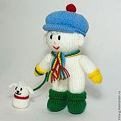 """Подарки к праздникам ручной работы. Ярмарка Мастеров - ручная работа Вязаная игрушка """"Снеговик с собачкой"""". Handmade."""