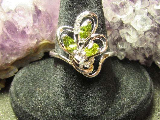 Кольца ручной работы. Ярмарка Мастеров - ручная работа. Купить кольцо с перидотом-хризолит-оливин. Handmade. Кольцо, кольцо с перидотом