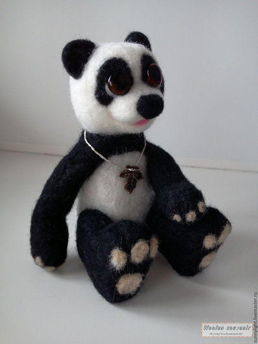 Игрушки животные, ручной работы. Ярмарка Мастеров - ручная работа. Купить Панда Чарли. Handmade. Чёрно-белый, панда из шерсти