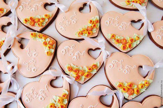 Кулинарные сувениры ручной работы. Ярмарка Мастеров - ручная работа. Купить Свадебное сердечко с розочками. Handmade. Комбинированный, свадьба, сувенир