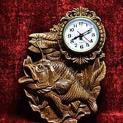 """Часы ручной работы. Ярмарка Мастеров - ручная работа Часы резные из дерева  """"Рыбацкие"""". Handmade."""