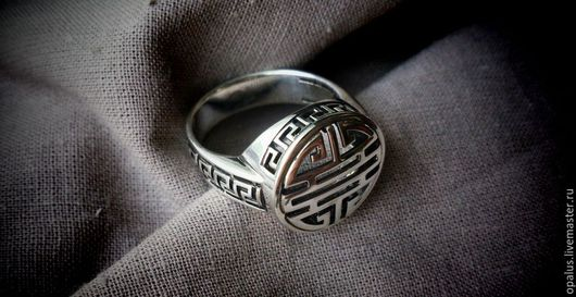 """Украшения для мужчин, ручной работы. Ярмарка Мастеров - ручная работа. Купить кольцо """"Летучая мышь"""". Handmade. Серебряное кольцо"""