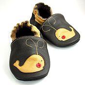 Работы для детей, handmade. Livemaster - original item Baby Shoes, Leather Baby Shoes, Baby Moccasins, Whales Baby Shoes. Handmade.