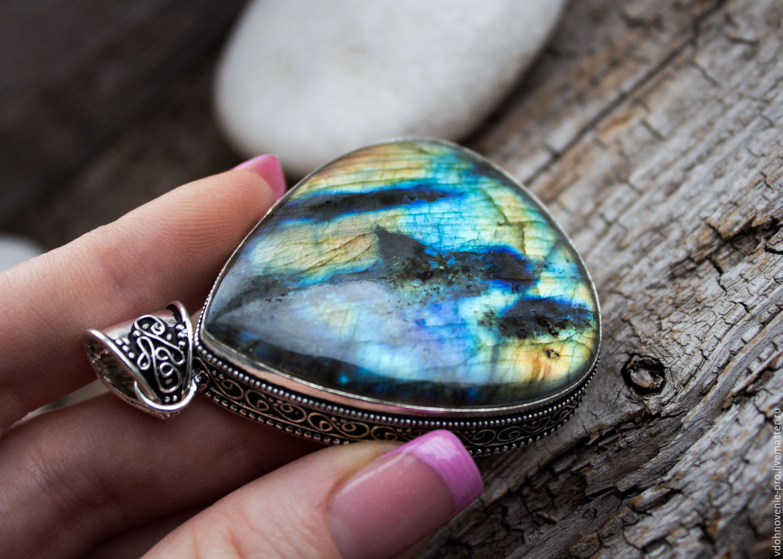 Лабрадор камень: свойства, виды, история, использование