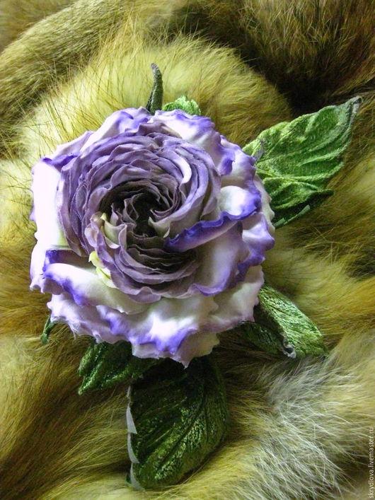 """Броши ручной работы. Ярмарка Мастеров - ручная работа. Купить Цветы из ткани роза - брошь из шелка """"Сиреневый туман"""". Handmade."""