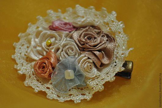 Броши ручной работы. Ярмарка Мастеров - ручная работа. Купить брошь. Handmade. Розовый, белый, кружево, винтажный, розочки