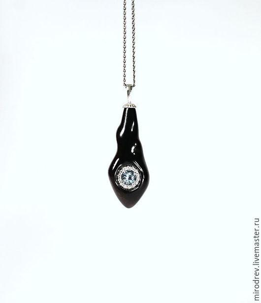 МироДрев, кулон из древесины черного эбена и серебра с голубым топазом