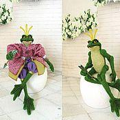 Куклы и игрушки ручной работы. Ярмарка Мастеров - ручная работа Лягушка - Царевна (Валянна шарнирная лягушка). Handmade.
