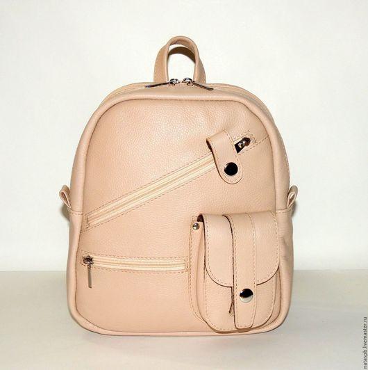 Рюкзачок «Зефир» - милый аксессуар для девушек, женщин, которым по душе небольшие рюкзачки.