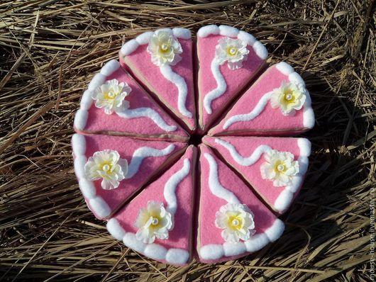 Аксессуары для фотосессий ручной работы. Ярмарка Мастеров - ручная работа. Купить Торт из ткани Нежность. Handmade. Розовый, развивающая игрушка