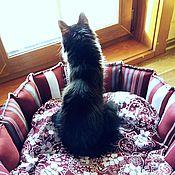 Для домашних животных, handmade. Livemaster - original item Bed for cat Bordeaux textile. Handmade.