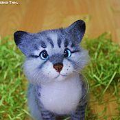 Войлочная игрушка ручной работы. Ярмарка Мастеров - ручная работа Валяный котенок Бусинка (валяная игрушка). Handmade.