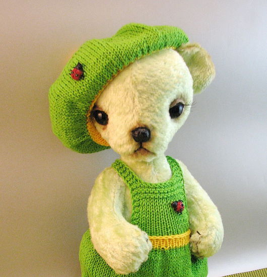 Мишки Тедди ручной работы. Ярмарка Мастеров - ручная работа. Купить Мишка Павлик- любимец божьих коровок. Handmade. Мишка