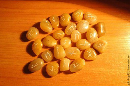 Гадания ручной работы. Ярмарка Мастеров - ручная работа. Купить руны на медовой морской гальке - runes on honey sea pebbles. Handmade.