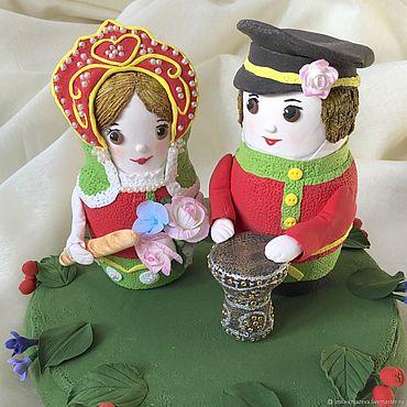 """Свадебный салон ручной работы. Ярмарка Мастеров - ручная работа Фигурки на свадебный торт """" Матрёшки """". Handmade."""