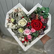 Подарки на 14 февраля ручной работы. Ярмарка Мастеров - ручная работа Сердце из роз, живые стабилизированные розы, невянущие цветы. Handmade.