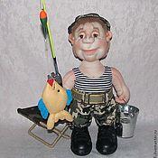 Куклы и игрушки ручной работы. Ярмарка Мастеров - ручная работа Всё-таки я тебя поймал!!! Кукла рыбак, Скульптурный текстиль.. Handmade.