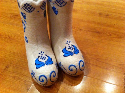 """Обувь ручной работы. Ярмарка Мастеров - ручная работа. Купить Валенки """"Гжель"""". Handmade. Валенки, валенки с рисунком, гжельская роспись"""