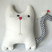 Куклы и игрушки ручной работы. Ярмарка Мастеров - ручная работа Кот с рыбкой. Handmade.
