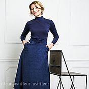 Одежда ручной работы. Ярмарка Мастеров - ручная работа Юбка  из искусственной замши  средняя длина на подкладке синяя. Handmade.