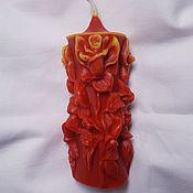 Свечи ручной работы. Ярмарка Мастеров - ручная работа Литая красно-желтая свеча с розами. Handmade.