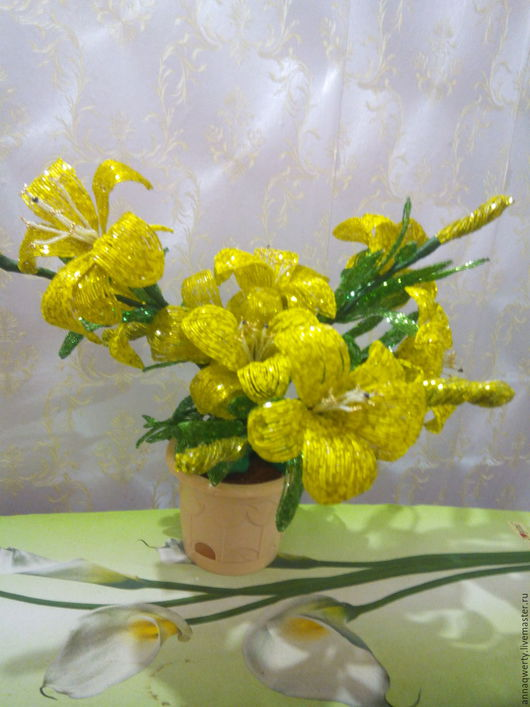 Цветы ручной работы. Ярмарка Мастеров - ручная работа. Купить Жёлтые Лилии из бисера.. Handmade. Желтый, бледно-желтый