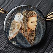 Украшения handmade. Livemaster - original item Lacquer miniature Witch with an Owl painted on stone. Handmade.
