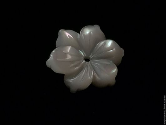 """Для украшений ручной работы. Ярмарка Мастеров - ручная работа. Купить Бусина """"Солнцецвет белый"""" 12 мм, перламутр. Handmade."""