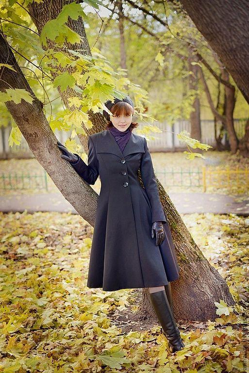 """Верхняя одежда ручной работы. Ярмарка Мастеров - ручная работа. Купить Женское пальто в ретро стиле """"А я и осенью модная...!"""". Handmade."""