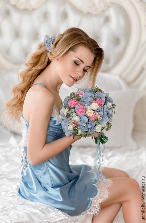 `Шепот небес` - сорочка нежно-голубого цвета с кружевом шантильи. Новая коллекция эксклюзивного свадебного белья от Mila Manina Людмилы Маниной).