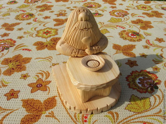 Статуэтки ручной работы. Ярмарка Мастеров - ручная работа. Купить Резьба по дереву фигуры. Handmade. Домовой, дерево кедр, малышу