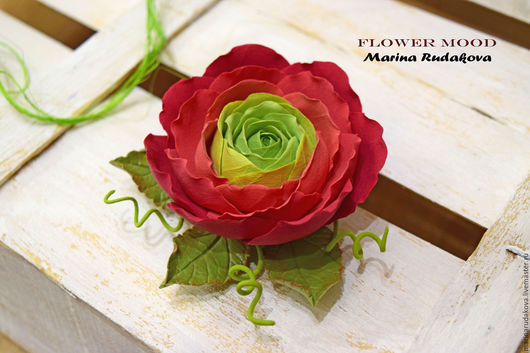"""Броши ручной работы. Ярмарка Мастеров - ручная работа. Купить Брошь """"Ранункулюс"""". Handmade. Ярко-красный, брошь цветок, брошь"""