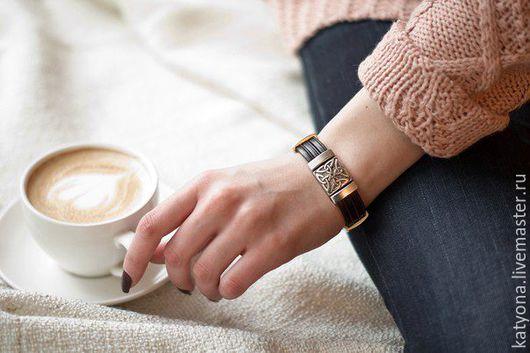 Браслеты ручной работы. Ярмарка Мастеров - ручная работа. Купить Кожаный браслет с кельтским орнаментом. Handmade. Коричневый, украшение