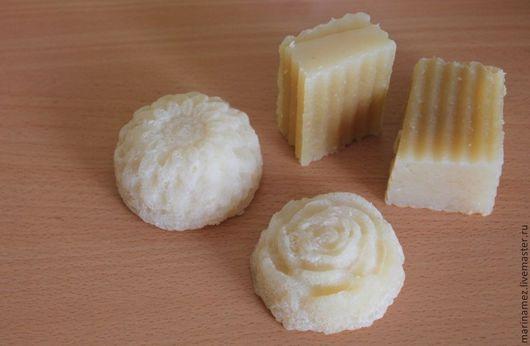 Ромашковое мыло с шёлком. Мастер Марина Мезенцева