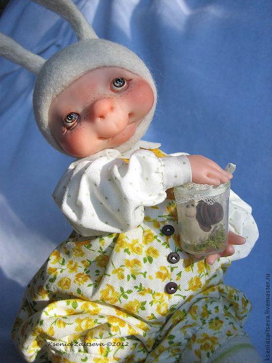 """Коллекционные куклы ручной работы. Ярмарка Мастеров - ручная работа. Купить зайка-малышка """"Теперь у меня есть жАвотное!"""". Handmade."""