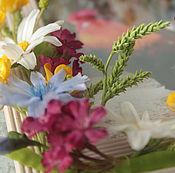 Сувениры и подарки manualidades. Livemaster - hecho a mano Marco de fotos con flores silvestres de arcilla polimérica. Handmade.