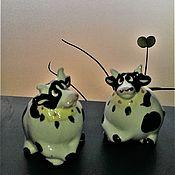 Винтажная кухонная утварь ручной работы. Ярмарка Мастеров - ручная работа Солонка и перечница. Две задумчивые коровы. Handmade.