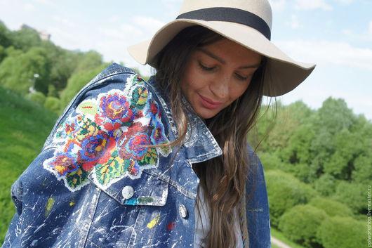 Винтажная куртка, очень эффектная, была сделана для известной девушки блоггера
