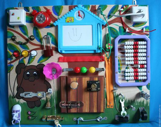 """Развивающие игрушки ручной работы. Ярмарка Мастеров - ручная работа. Купить Развивающая доска (бизиборд) """"Винни-Пух"""". Handmade. Комбинированный"""