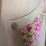 Пальто валяное бежевого цвета с цветочным принтом