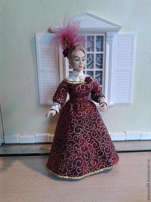 Миниатюра ручной работы. Ярмарка Мастеров - ручная работа. Купить Дама в бордовом. Handmade. Кукла ручной работы, кукла из пластика