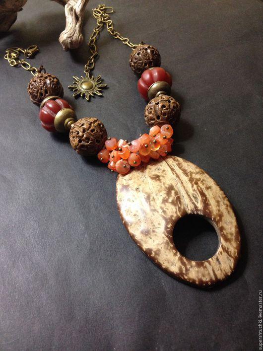"""Колье, бусы ручной работы. Ярмарка Мастеров - ручная работа. Купить Колье """"Арахис"""" с сердоликом и кокосом. Handmade. Разноцветный"""