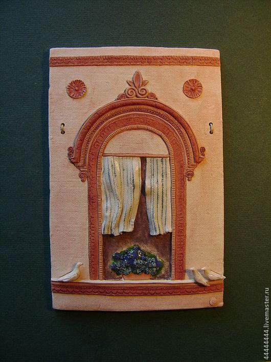Город ручной работы. Ярмарка Мастеров - ручная работа. Купить Окна Венеции с голубками Керамика. Handmade. Окно, цветы, голубой
