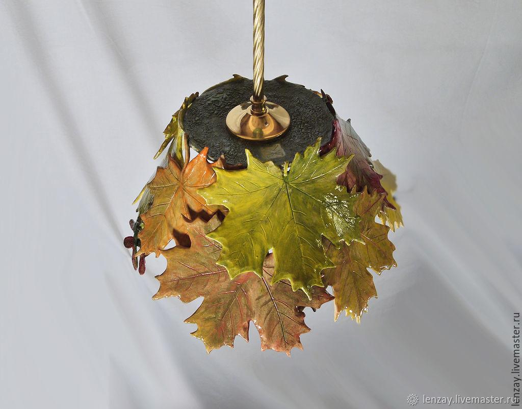 Букет кленовых листьев - светильник для веранды на латунном подвесе – заказать на Ярмарке Мастеров – 6YU4BRU | Люстры, Москва