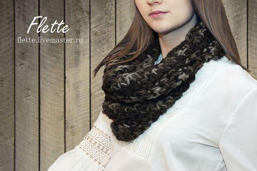 Снуд-шарф крупной вязки . Цвет - Болотный затененный. 100% шерсть исландских овец.